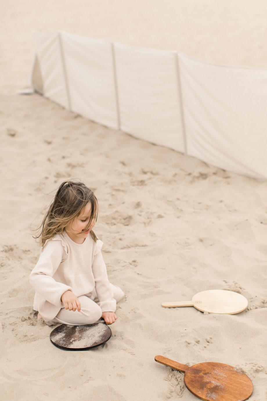 drewniane paletki na plażę, drewniane zabawki na plażę